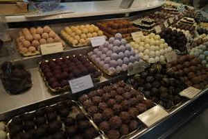 Chocolatiers, Glaciers, magasins de Thé ou de Café Thouron