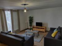 Appart Hotel Asnières sur Seine Near Paris comfortable apartment