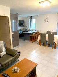 Résidence de Vacances Montreuil Apartment with 2 bedrooms in Bagnolet with terrace and WiFi