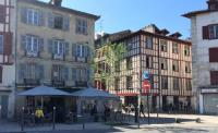 Appart Hotel Bayonne Logements Basques