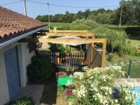 Résidence de Vacances Saint Genès de Lombaud Chez Mireille à Chardavoine
