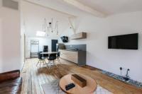 Appart Hotel Rauzan Appartement spacieux et lumineux avec climatisation et belle hauteur sous plafond