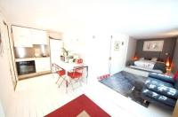 Résidence de Vacances Champigny sur Marne Studio in ChennevieressurMarne with enclosed garden and WiFi