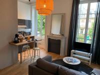 Résidence de Vacances Clermont Ferrand Hôtel particulier ultra centre HAUT DE GAMME avec PARKING privé