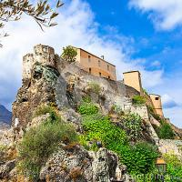 Résidence de Vacances Corse Studio Centre ville Corte avec Wifi et rafraichisseur d'air
