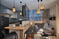 Résidence de Vacances Grenoble Beautiful apartment with terraceair conditioned-beautifully decorated #K6