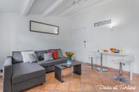 Résidence de Vacances Hyères Cute calm Studio Downtown - Dodo et Tartine