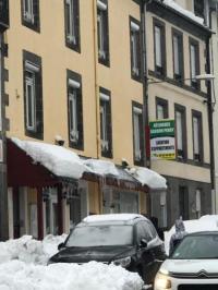 Hôtel Vernines hôtel Résidence Bardon-Perry