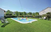 Résidence Pierre et Vacances Arles Two-Bedroom Apartment in Le Sambuc