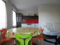 Résidence de Vacances Les Sables d'Olonne Rental Apartment En Face Petit Supermarché, À Environ 1 Km De La Plage, Très Beau Type 2