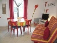 Résidence de Vacances Olonne sur Mer Rental Apartment A Environ 1Km De La Plage, Agréable Petit Type 2 + Garage
