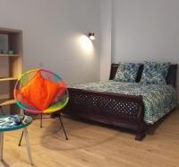 Appartement Ordonnac Charmant studio équipé Accès parking moto clos