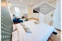 Résidence de Vacances Limoges Magnifique studio récent avec jardin! King size + Smart TV + Parking gratuit