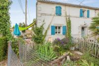 Appartement Ordonnac Apartment with one bedroom in MortagnesurGironde with furnished garden and WiFi 12 km from the beach