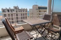 Appart Hotel Aquitaine Top Floor Apartment Santa Barbara