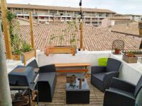 Résidence de Vacances Nîmes Perle rare avec terrasse sur toits centre ville