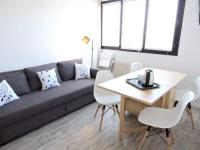 Appart Hotel Orléans Apartment with one bedroom in Orleans with WiFi
