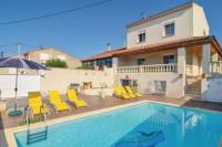 Gîte Martigues Gîte Apartment with 3 bedrooms in PortdeBouc with wonderful sea view shared pool and furnished terrace 5 km from the beach