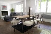 Résidence de Vacances Rueil Malmaison Very beautiful house with GARDEN in Puteaux