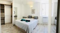Appart Hotel Toulon T2 centre-ville place d'Armes Clim-Wifi