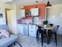 Appart Hotel Vitrolles Sleep in Provence - Vitrolles