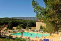 Appart Hotel Lagarde d'Apt Résidence Goélia Le Domaine du Moulin Blanc