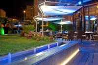 Appart Hotel Languedoc Roussillon Warwick Reine Astrid - Lyon