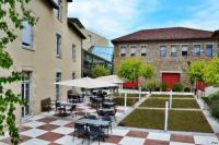 Appart Hotel Limousin Domitys Les Chataigniers