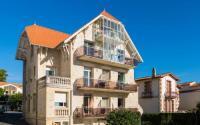 Appart Hotel Grézac Lagrange Vacances Le Phalène