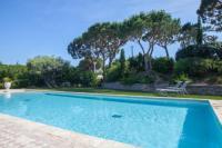 Appart Hotel Cavalaire sur Mer Auberge de l'Oumède