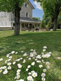 Chambre d'Hôtes Auvergne Maison La Vigne - Chambres et Table d'hôtes