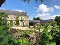gite Monnières Château de la Garnison