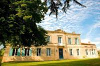gite Saint Ciers de Canesse Chateau Rousselle
