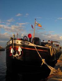 gite Cubzac les Ponts Barge Tango