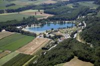 Terrain de Camping Saint Paul lès Romans Domaine Du Lac De Champos