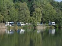 Terrain de Camping La Ferté Saint Aubin Location en Mobil home au Camping La Grande Sologne