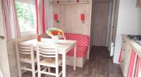 Terrain de Camping Prinquiau Location en Mobil home au Camping La Pindière