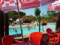 Camping Les Mérilles-piscine-camping-les-merilles-doucier