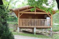 Terrain de Camping Les Assions Camping Les Chênes