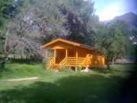 Camping Les Cariamas-chalet-tout-confort-a-louer-ete-hiver