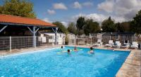 Terrain de Camping Royan Les Catalpas Village Center
