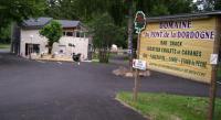 Terrain de Camping Sauvagnat Location en Mobil home au Camping Du Pont De La Dordogne