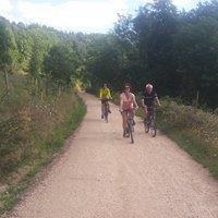Camping de Retourtour-Dolce-Via-voie-verte-sur-75-kms-entierement-amenagee