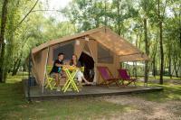 Terrain de Camping Saint Dyé sur Loire Location en Mobil home au Camping Sites et Paysages Les Saules