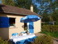 campings Étang sur Arroux Holiday home Camping Des Bains 1