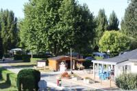 Terrain de Camping Le Pin en Mauges Location en Mobil home au Camping La Promenade Sweet Flower