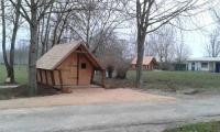 Terrain de Camping Servignat Camping de Tournus - Drole de cabane