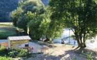 Terrain de Camping Saint Rémy Location en Bungalow au Camping de Cénevières