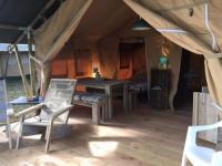 Terrain de Camping Aquitaine Tente de vacance Luxues Château le verdoyer