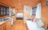 campings Pernes les Fontaines Beautiful caravan in Gigondas w WiFi and 1 Bedrooms